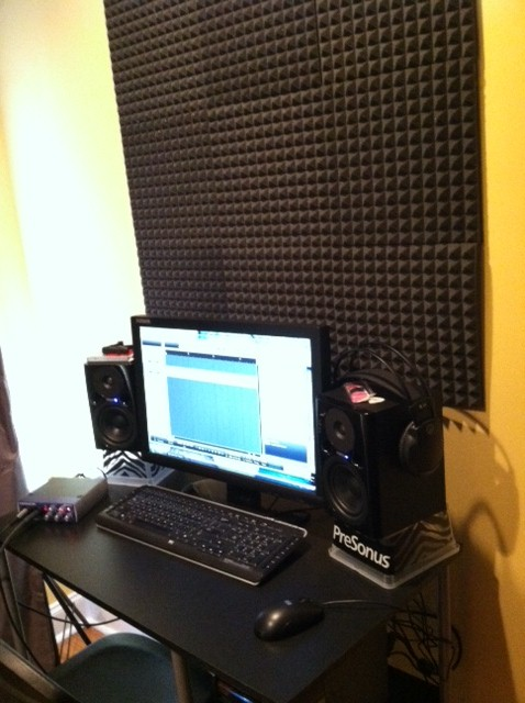 Pleasant Mini Recording Studio Stylish Piggy Largest Home Design Picture Inspirations Pitcheantrous